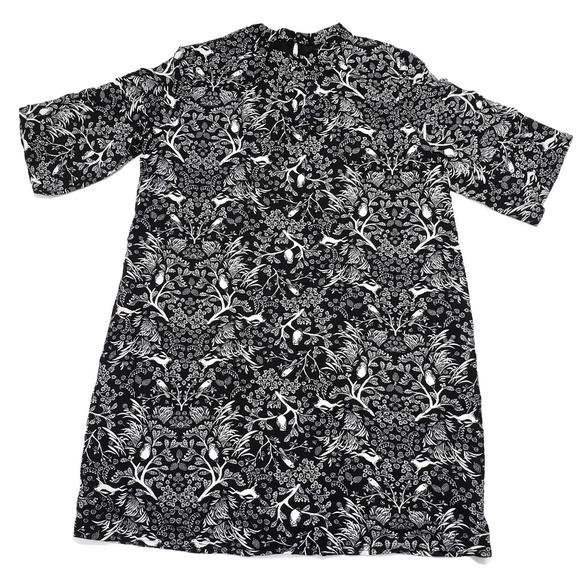 Old Navy Dresses & Skirts - Woodland Print Smock Dress Rabbits Birds Tapestry